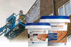 Das Stormdry System beinhaltet Produkte zum Schutz von Außenwänden gegen eindringende Feuchtigkeit.