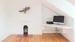 'Victorianisches Wohnhaus, Brighton - Behandlung von Feuchtigkeit am Kamin'